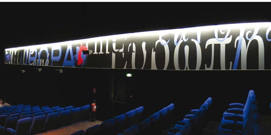 fresque salle Europe Cinémarine Saint-Gilles-Croix-de-Vie